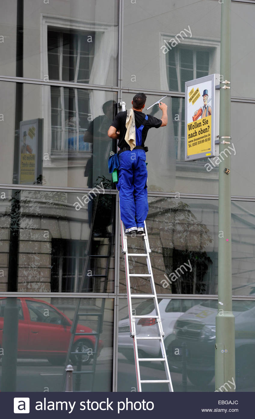 Who's best window cleaning company houston