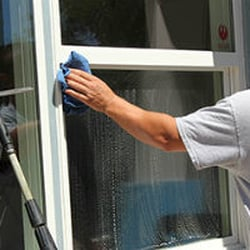 Window Cleaning 77056