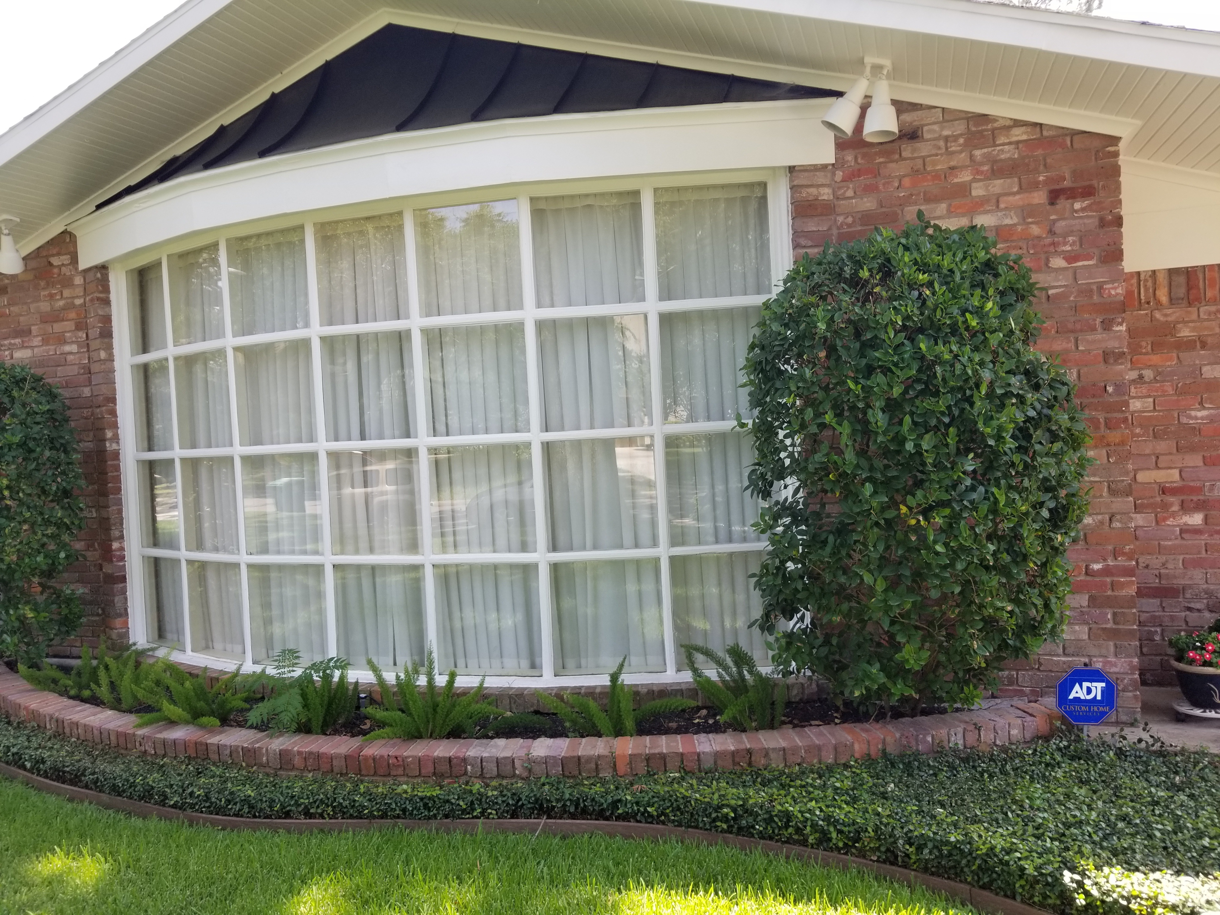 Home Window Washing in Houston