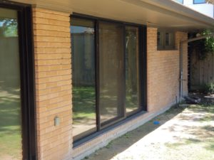 Window Cleaning and Sanitizing against COVID-19 in Houston